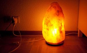 Taille-de-la-lampe-à-sel