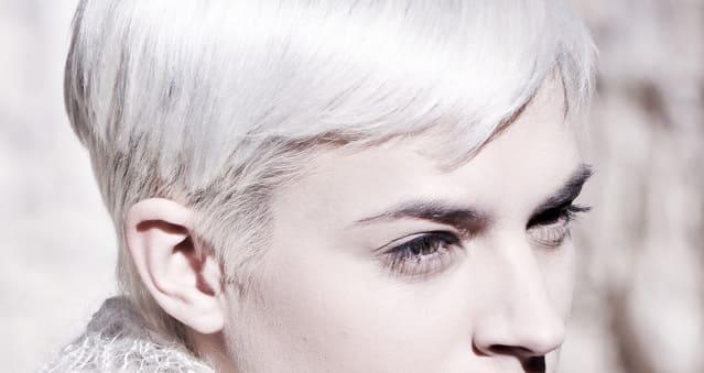 cheveux-blancs-sans-decoloration